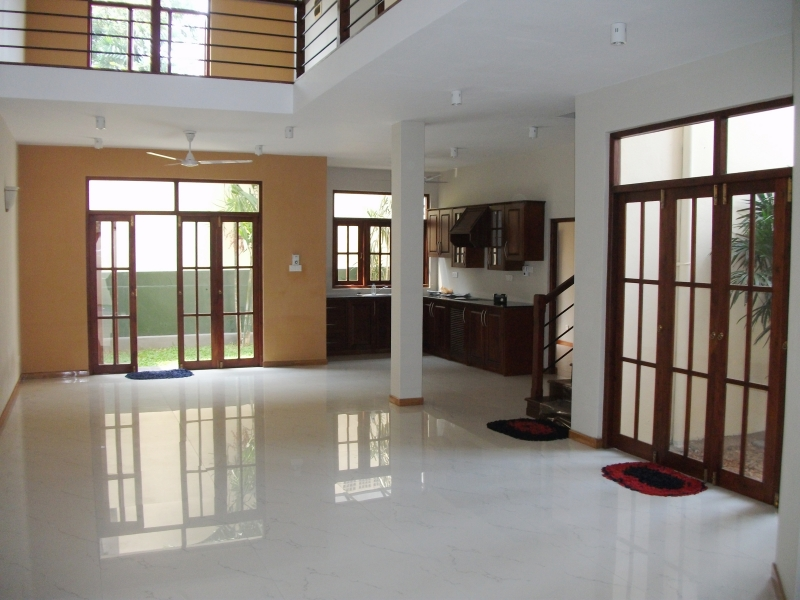 Properties in sri lanka 524 brand new two stored house for Balcony designs pictures sri lanka