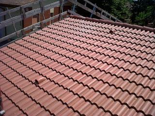 Falda o spiovente parte del tetto inclinata per deflusso delle acque piovane