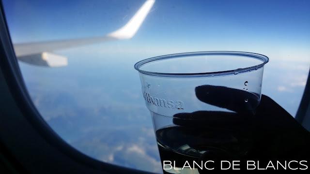 Lufthansan lennolla - www.blancdeblancs.fi