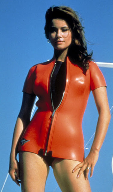 Claudine Auger Thunderball3