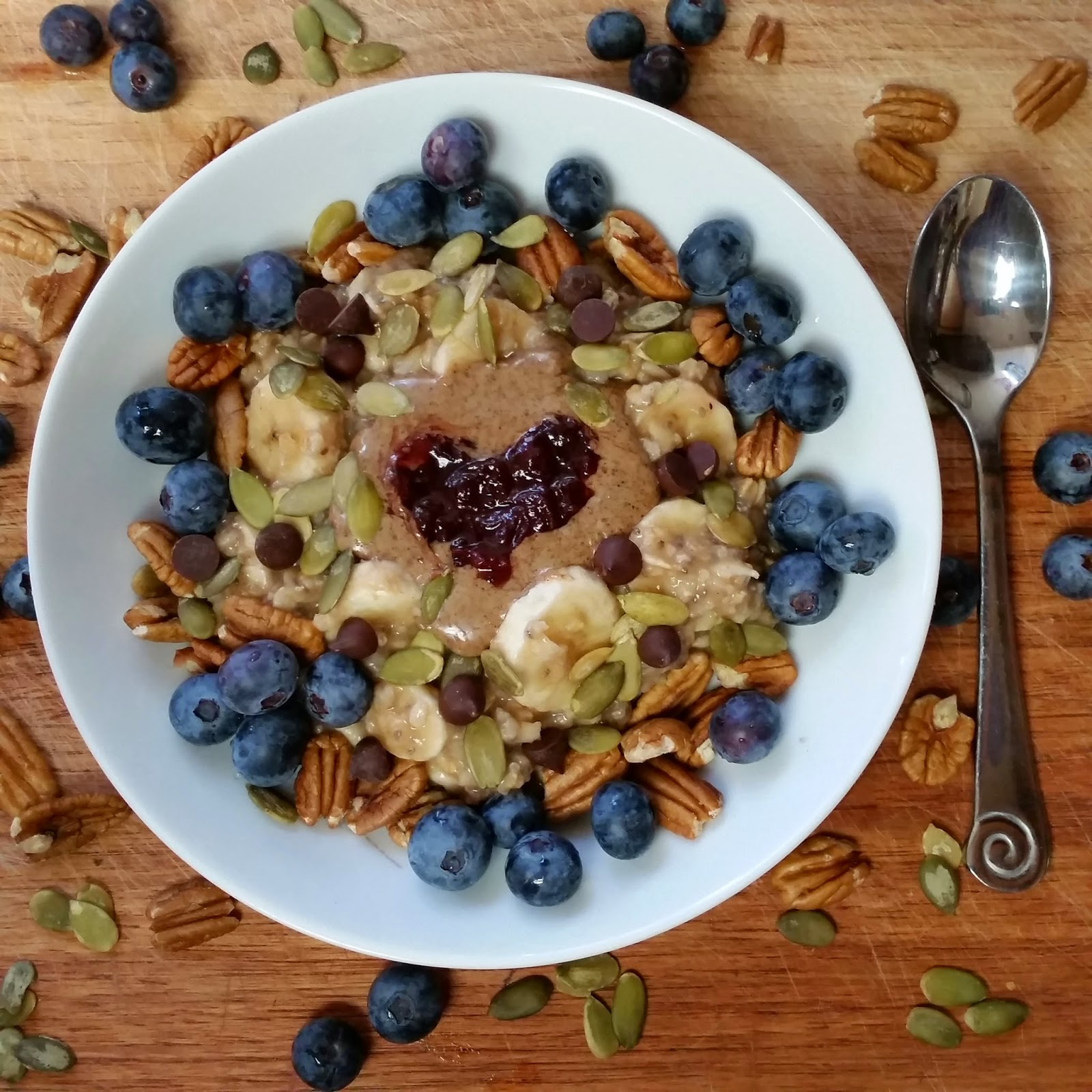 9 of my favorite healthy oatmeal bowls
