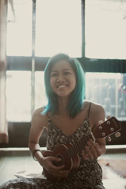 Ngoài âm nhạc, thời gian gần đây cô lấn sân sang phim ảnh khi tham gia một vai trong bộ phim của đạo diễn Hàm Trần.