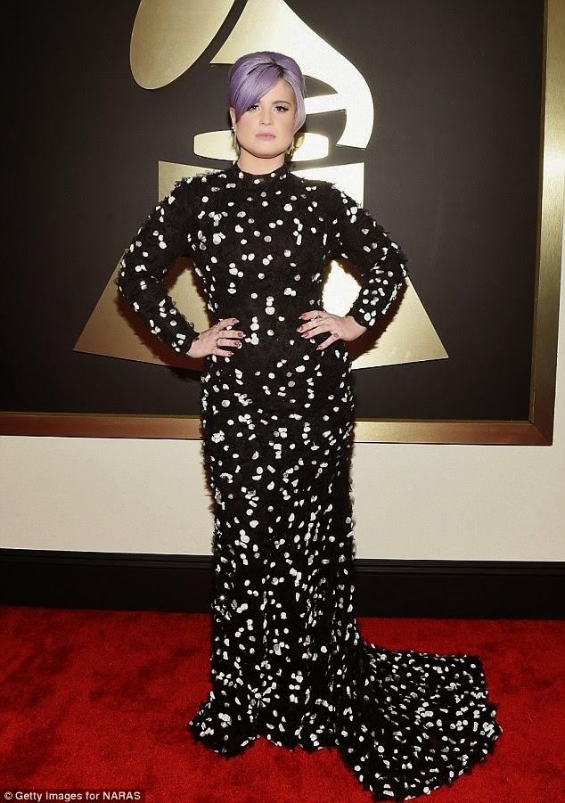 Kelly Osbourne in Black and white Christian Siriano
