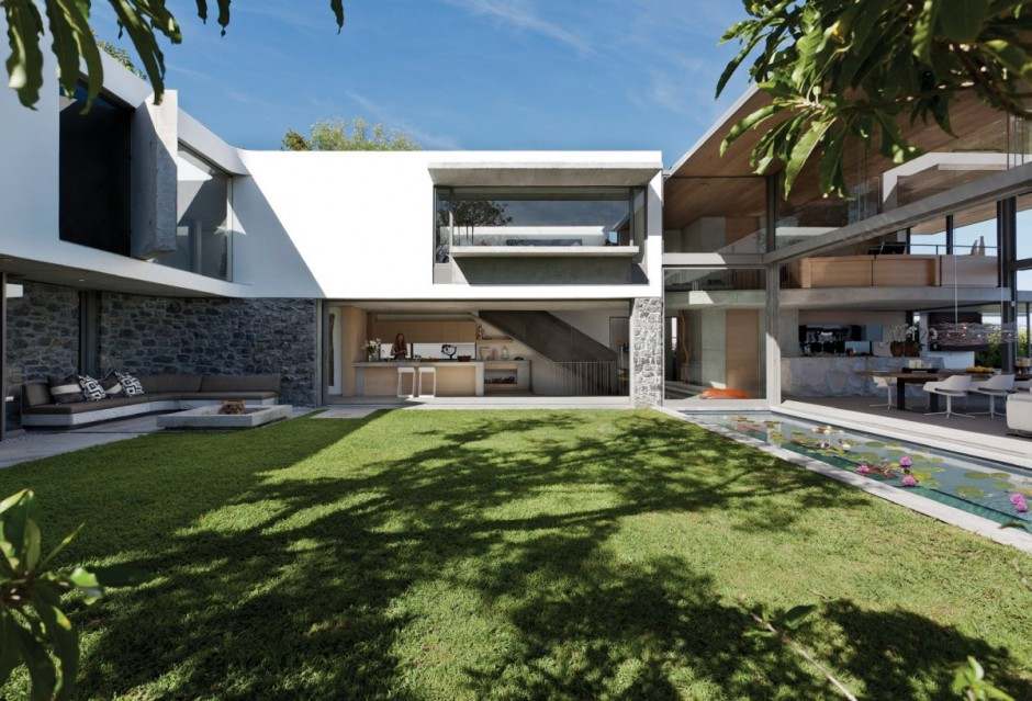 World Of Architecture Modern Home For The Lucky One De