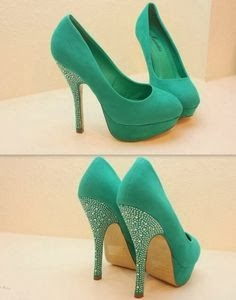 Adorable turquoise high heels