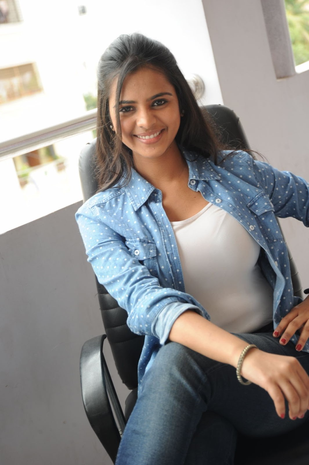 Romance Heroine Manasa Trendy Photo Gallery