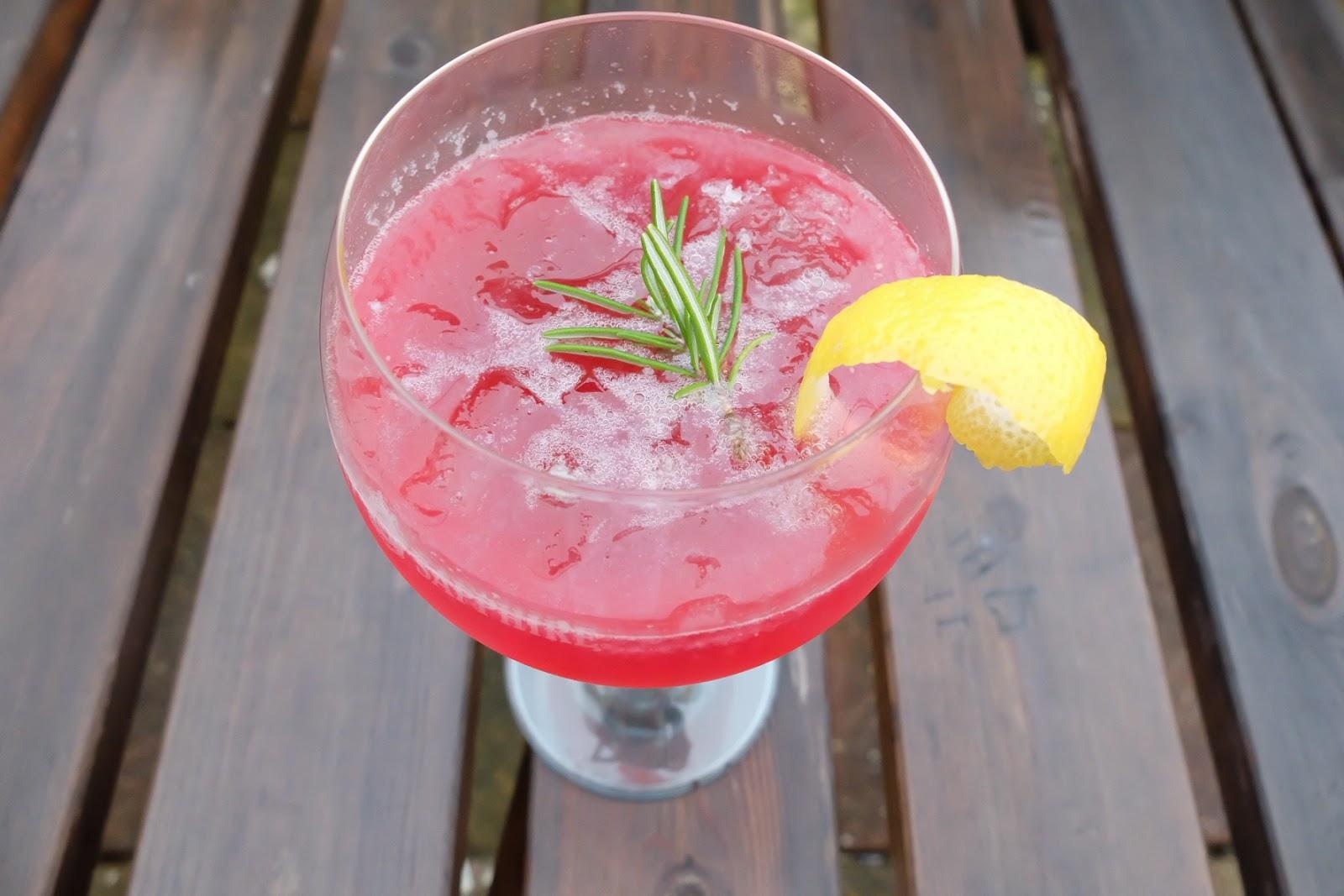 sloe gin and lemon cocktail recipe