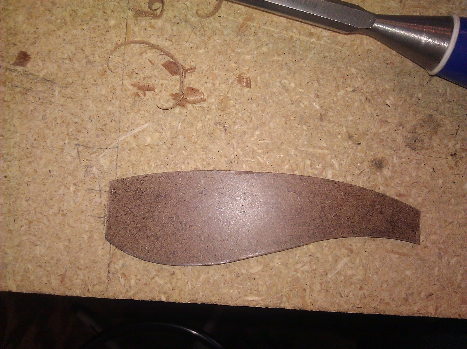 The wood knack shop made chip carving knife with mahogany