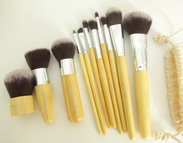 Lenka Kosmetik - 11 Professionelle Bambus Makeup Pinsel Set - Testbericht, Erfahrungen