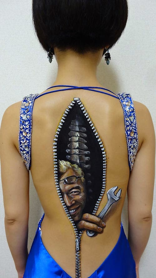 Hikaru Cho, body paint