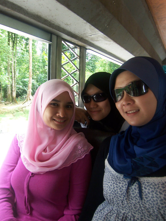 HOT Ngentot Gambar Bogel Aksi Gadis Tudung Melayu Lucah Pic 22 of 35