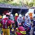 Ônibus que seguia da Bahia pro Rio de Janeiro cai em ribanceira no ES