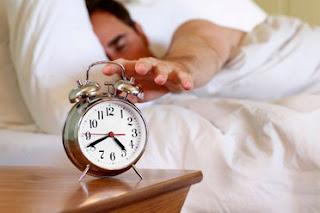 Ini Bahaya dan Efek Tidur Setelah Sahur dan Solusinya