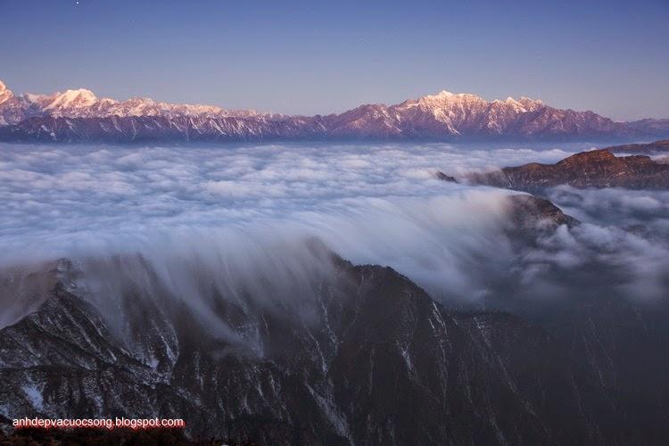 Mùa đông ở dãy núi Himalaya 1