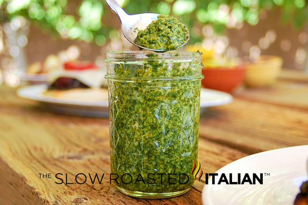 Simply Delicious Classic Fresh Basil Pesto