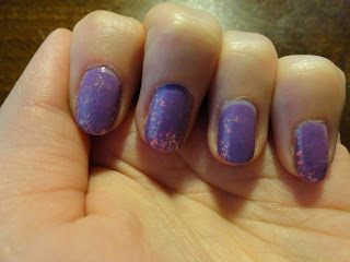 Clothes & Dreams: NOTD: Sparkling lilac: nail art colour changes