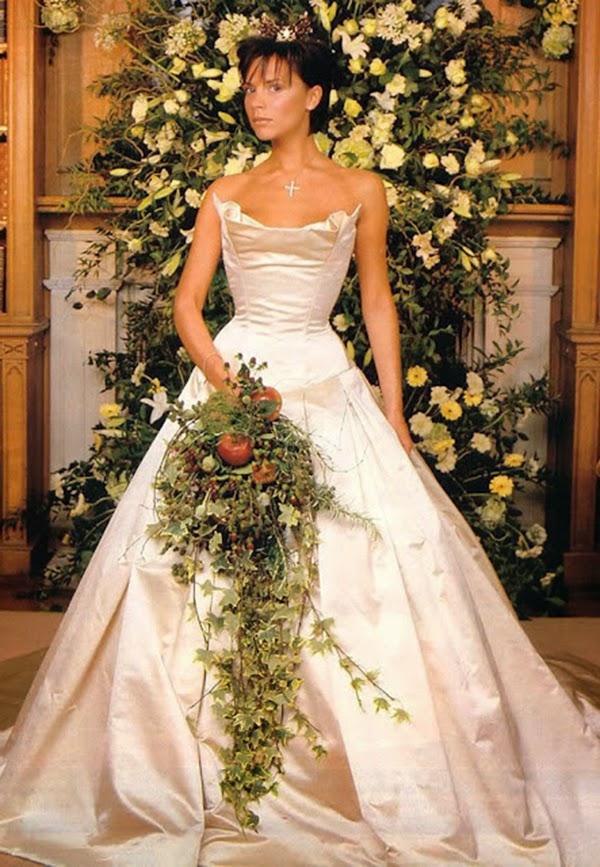 vestidos de novia boda Victoria Beckham hermanas bolena