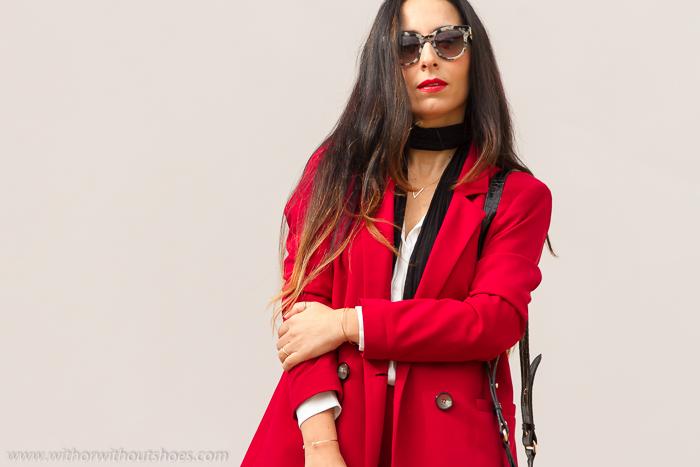 blogger de moda española como combinar un traje rojo