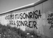 SONRIE(: