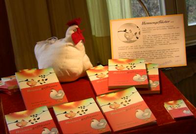 Hennengeflüster, Hühnerroman, Dorfroman, Ökokrimi, Lovestory