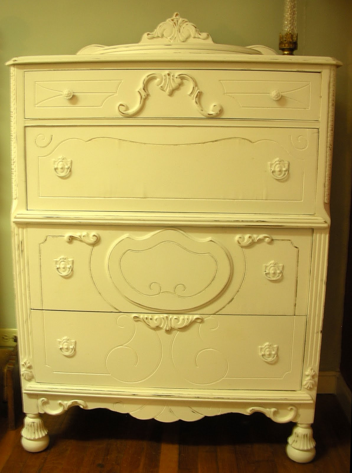 Make mine chic boutique fabulous ornate full size bed for Matching bed and dresser