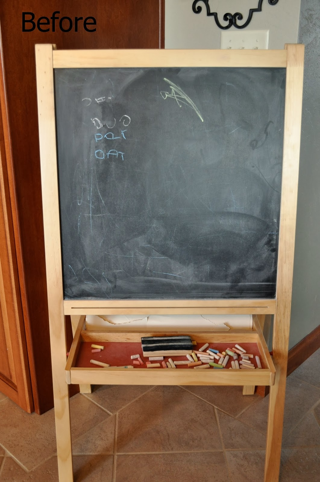kids easel - the colored door - before & the colored door: Kids Chalkboard Easel