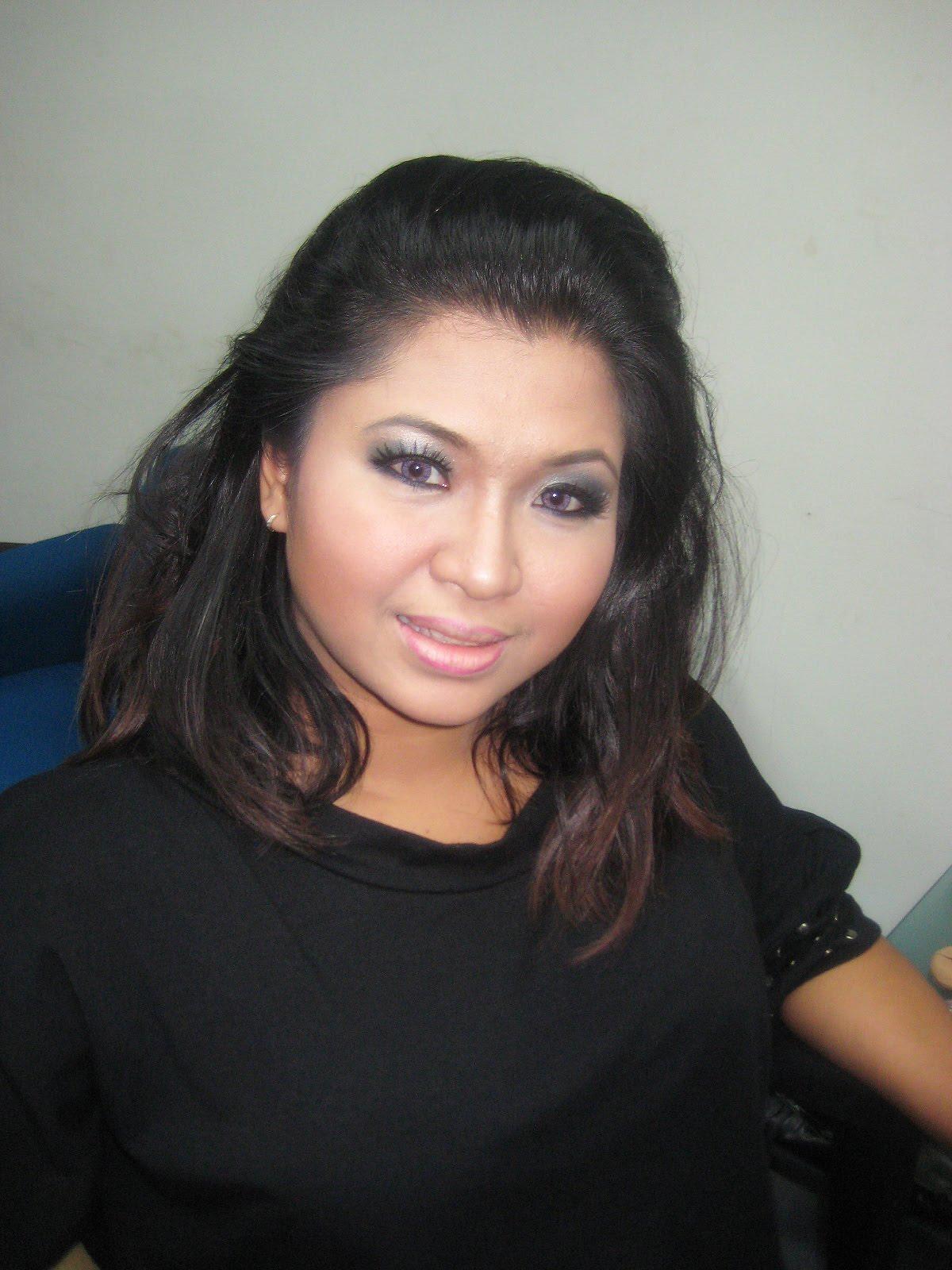 http://2.bp.blogspot.com/-fw6PD7gEz7o/T-vy49jnN7I/AAAAAAAAKUE/tUmi7c2VnSM/s1600/Ieda+Moin.jpg