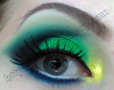 Brazilian Flag Inspired look