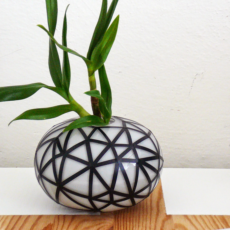 http://mixtumdesign.blogspot.cz/2014/06/black-geometrie.html