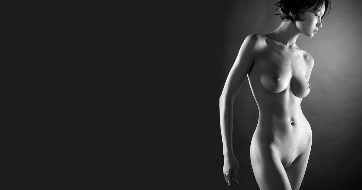 Artistic nude widescreen wallpaper
