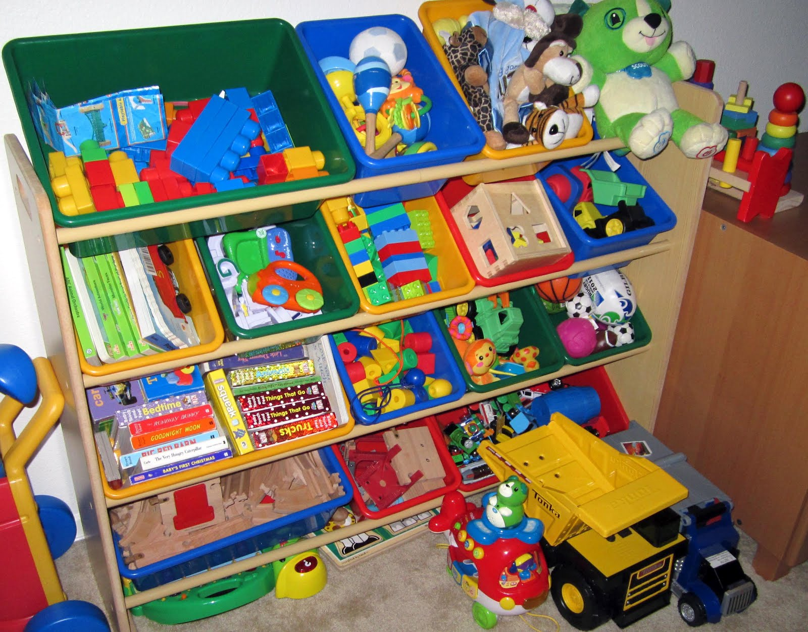 Day Care Toys : Just the library keeper stealth how un noticed can one