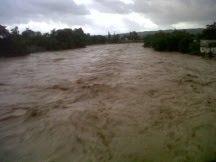Munícipes atemorizados por inundaciones en San Cristóbal