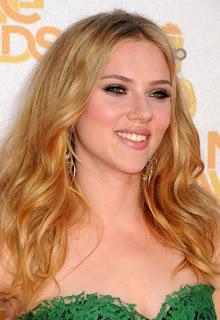 Celebrity hairstyles Scarlett Johansson, celebrity updo hairstyles, celebrity hairstyles, best celebrity hairstyles