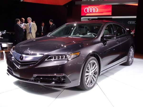 New York Show Acura TLX New 2015 performance Front view