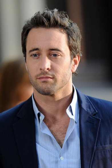 alex olaughlin dating See all alex o'loughlin's marriages, divorces, hookups, break ups, affairs, and dating relationships plus celebrity photos, latest alex o'loughlin news, gossip, and biography.