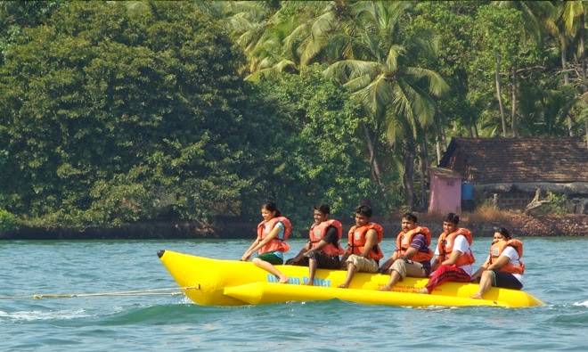 Speed Boat Rides In Goa