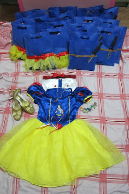 snow white tutu loot bag