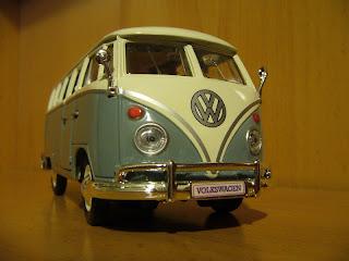 maqueta de coche en miniatura marca maisto 1:25 Volkswagen Samba