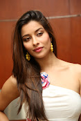 Madhurima new glamorous photos-thumbnail-5