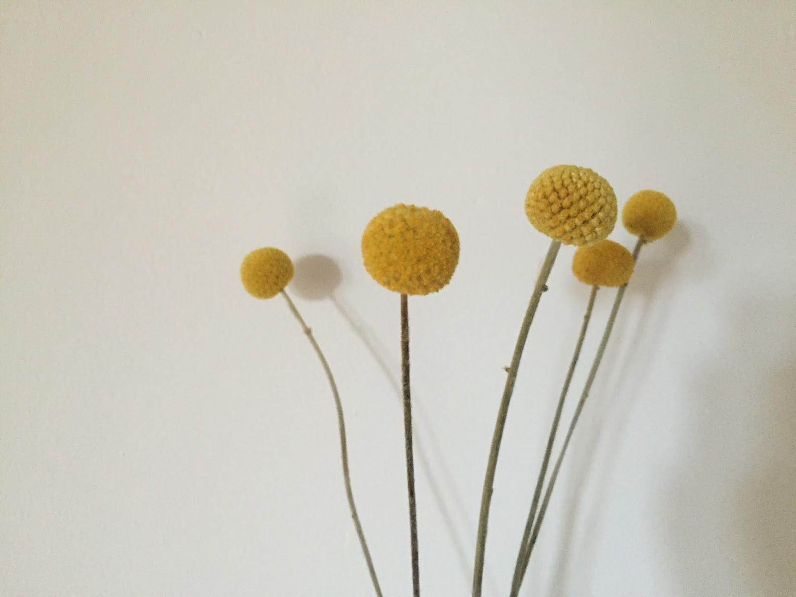 gelbe bobbelbl mchen deko meiliese. Black Bedroom Furniture Sets. Home Design Ideas