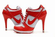 Nike de salto alto