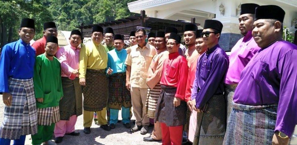Aidilfitri bersama Timbalan Ketua UMNO Kemaman