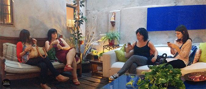 Oriente en Barcelona un plan de chicas muy exótico