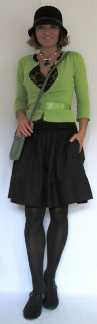 blog.oanasinga.com-personal-style-photos-green-yellow-green-and-black-outfit