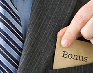 mengenai pemberian bonus kepada penjawat awam dalam Bajet 2013