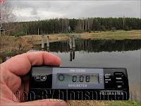 Измерение радиации у водохранилища в Полоневичах