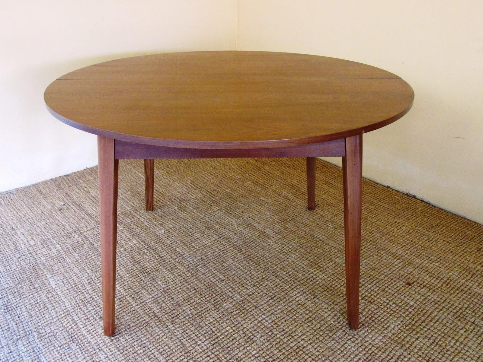 Colección Siglo XX. Antigüedades y Diseño.: Mesa redonda extensible ...