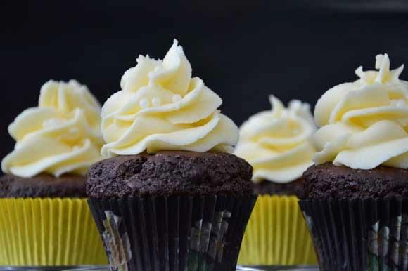 Chocolade koffie cupcake met Licor 43 toef