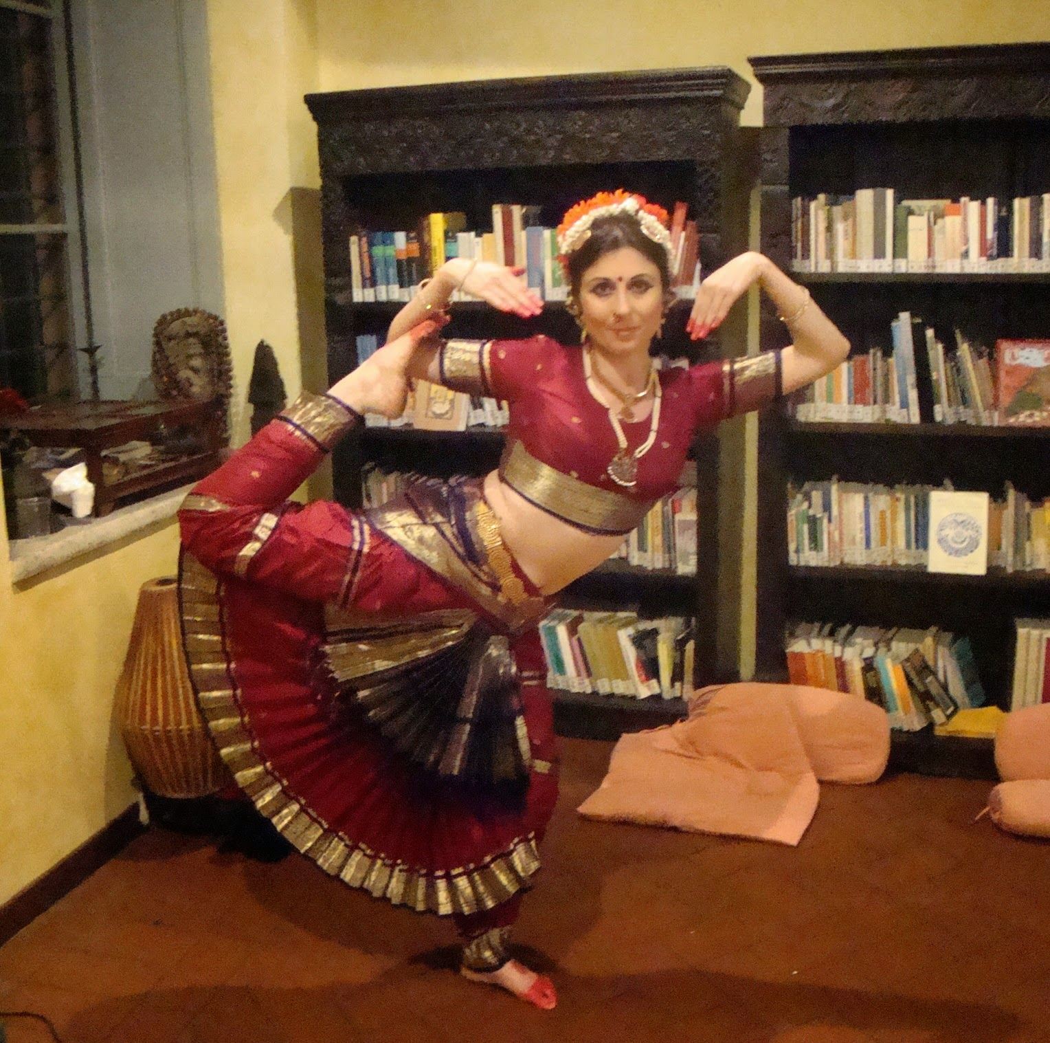 Maria Luisa Sales Bharata Natyam