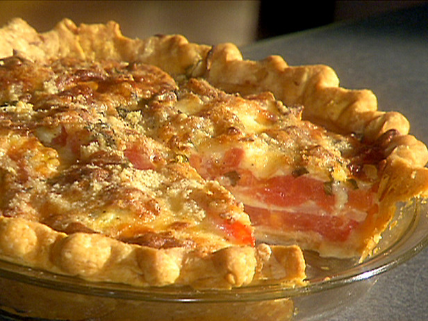 Southern Artistic Touch: Italian Tomato Pie